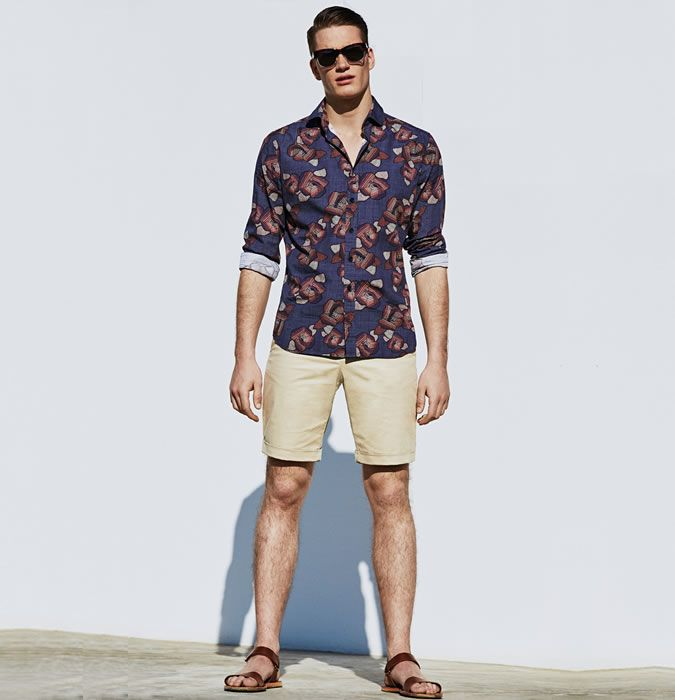 Men S Sandals With Tailored Shorts Outfit Inspiration