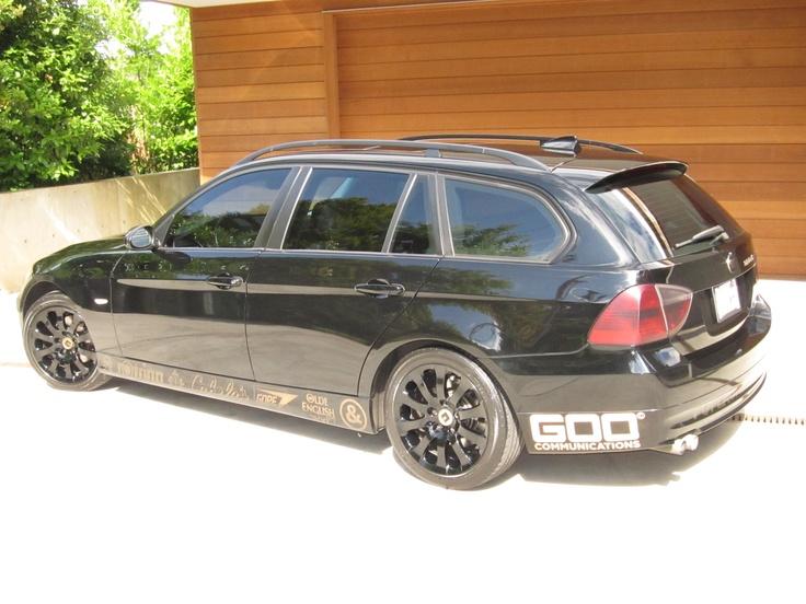 2007 BMW 328Xi , Reflective vinyl ' sponsors ' .