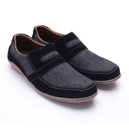 Original Sepatu Dr.Kevin Connecticut - Hitam   | Deskripsi : Sepatu Kasual/ Santai Warna Hitam Upper Kanvas/Suede Sole TPR | Ketersediaan Size = 39, 40, 41, 42, 43 | IDR 375.000