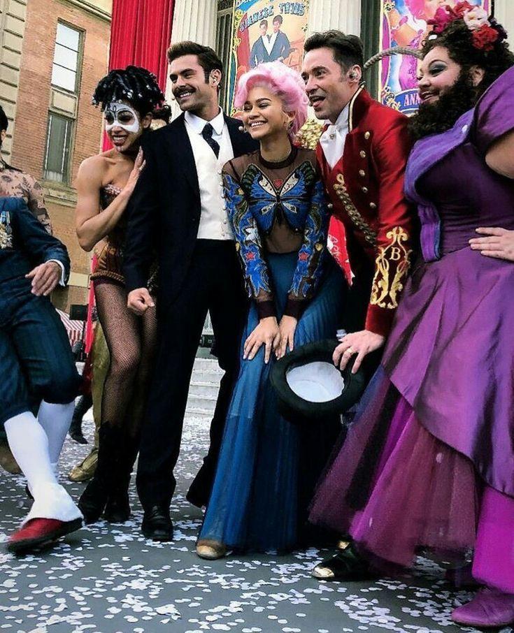 Hugh Jackman Zac Efron Zendaya And Keala Settle In The Greatest Showman 2017 Showman The Greatest Showman Showman Movie