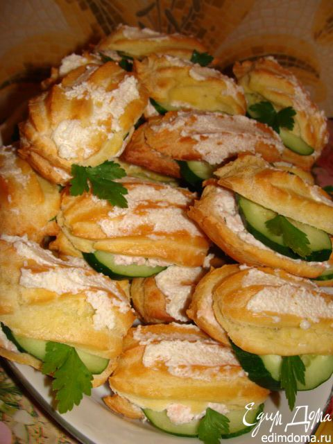 Закусочные эклеры с креветочным кремом | Кулинарные рецепты от «Едим дома!»