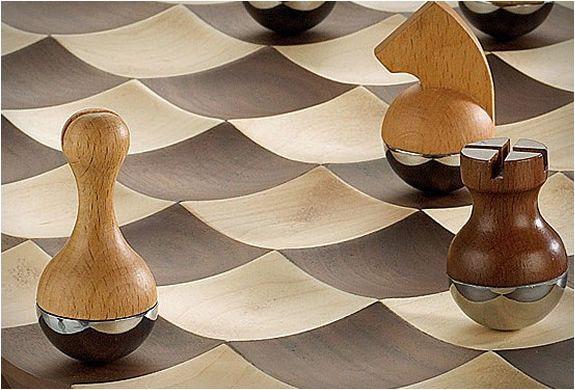 chess zilla | wobble-chess-set-3.jpg