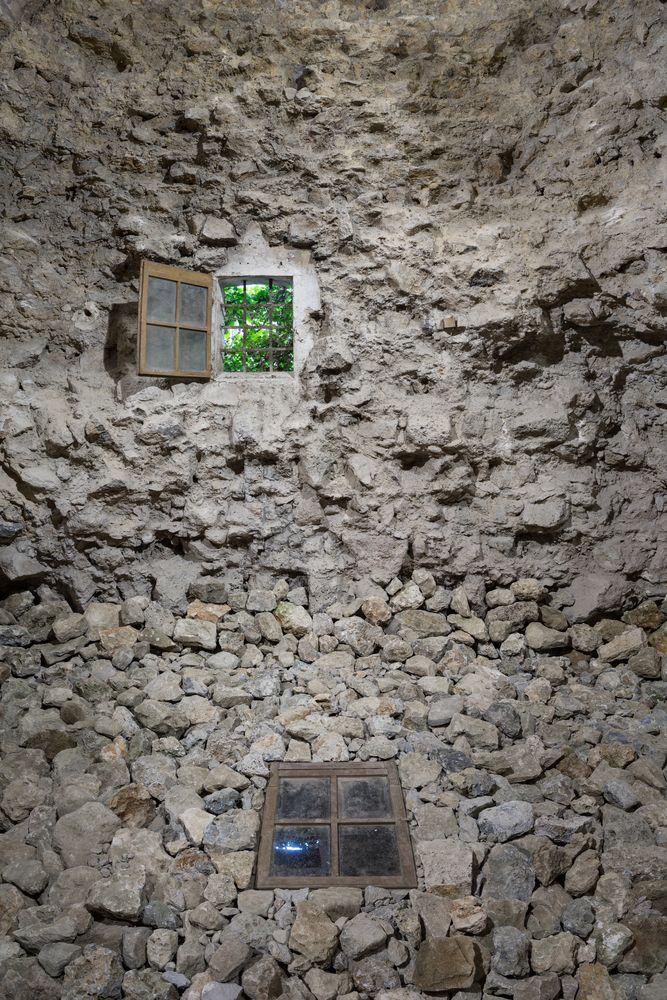 José Yaque, Torre, 2015, window, site specific. Galleria Continua San Gimignano, 2015. Photo by: Ela Bialkowska