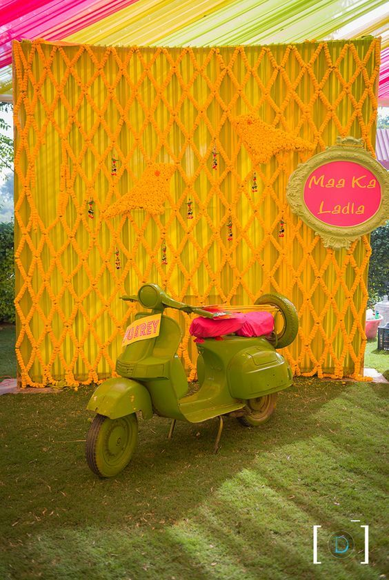 Fun photo booth for your Mehendi ceremony
