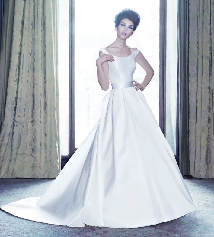 Editor's Pick: Suzanne Neville Wedding Dresses - MODwedding