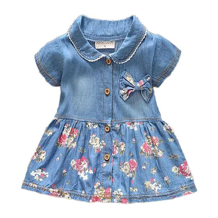 This Floral Denim Casual Dress will make your little girl be casual yet stylish this summer! Sizes available for 7-24 months. Get it here! >> https://petitelapetite.com/products/floral-denim-casual-dress