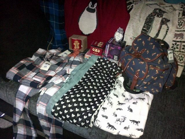 """""""OMG, Christmas has come early, thanks to @joythestore for sending me my xmas wish list. Really pleased with it ☺"""""""