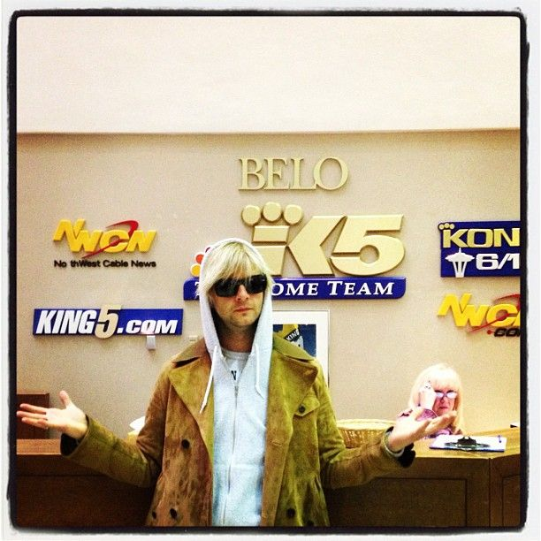 Keith Harkin at radio station | music and fun | Sleepless in seattle