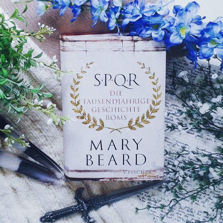 """#NaNoWriMoChallenge16 Tag 01: Recherche Material  Hey ihr Lieben! Ich bin recht gut gestartet mit 850 Worten und freue mich schon auf den Rest. Noch habe ich meine Normalgeschwindigkeit nicht erreicht und denke noch etwas zu viel nach aber es hat ja gerade erst begonnen :) Auf dem Bild seht ihr Mary Beards """"SPQR - Die tausendjährige geschichte Roms"""". Das ist eines der Bücher die ich als Grundlage für eine meiner Fantasy-Reiche genutzt habe. Dieses ist nämlich ein bisschen römisch angehaucht…"""