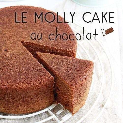 Le molly cake c'est une des recettes phares du blog. Vous êtes nombreux à nous demander la version chocolat. C'est on-ne-peut plus simple! Il suffit de rajouter du cacao en poudre. Mais attention, il faut alors réduire la quantité de farine. C'est la seule condition pour garder le moelleux de votre gâteau. Pour le reste c'est tout pareil. Si vous voulez une version plus chocolatée, augmentez la quantité de cacao et adaptez celle de farine. Attention toutefois à ne pas...Lire la suite