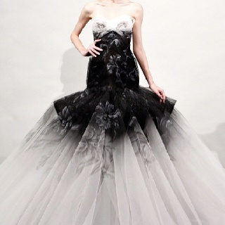Monochrome wedding dress, would love the hemline to be a pure white to balance out the grey