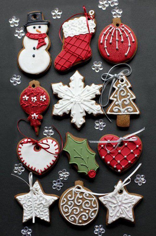 galletas de chocolate en diseños de Navidad. Prestar atención a los detalles en…