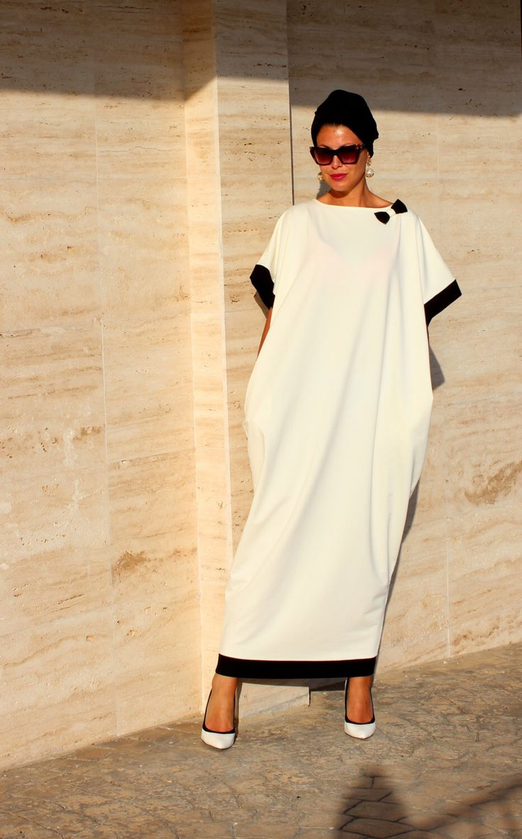 Black and off white Caftan, Abaya, Maxi Dress, Caftan dress, Kaftan, Oversized Dress, Party Dress, Prom Dress by cherryblossomsdress on Etsy https://www.etsy.com/uk/listing/198277609/black-and-off-white-caftan-abaya-maxi