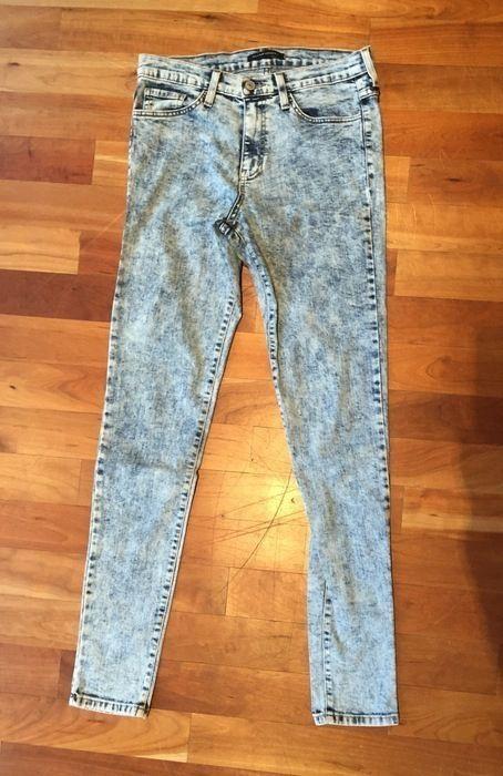 Mein Verwaschene Denim Jeans von Flying Monkey von Flying Monkey! Größe 38 / S für 25,00 €. Sieh´s dir an: http://www.kleiderkreisel.de/damenmode/rohrenhosen/132143566-verwaschene-denim-jeans-von-flying-monkey.