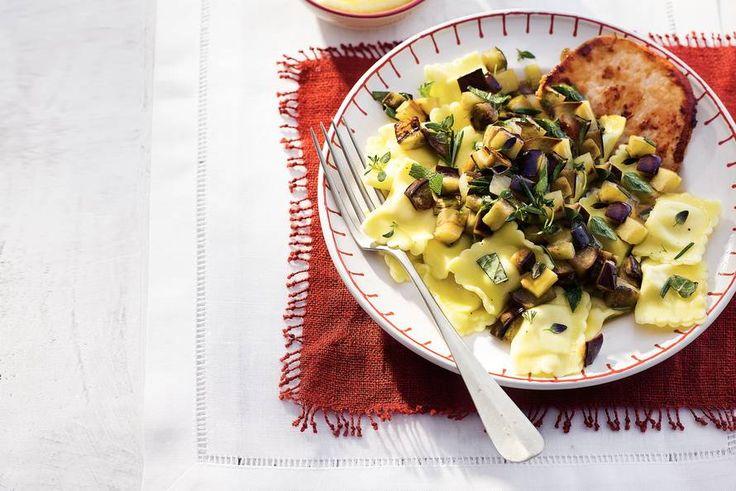 Kijk wat een lekker recept ik heb gevonden op Allerhande! Ravioli met aubergine en kruiden