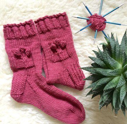 I love love love knitting socks and lately I