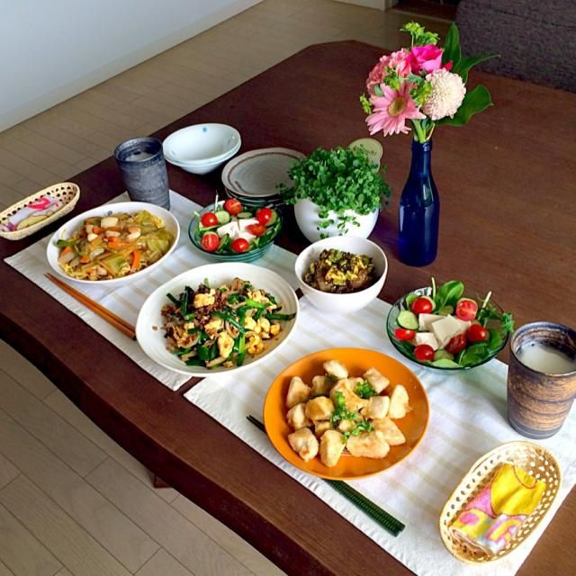 今日は友達とお昼からです。 あ〜、美味しっ❗️ - 21件のもぐもぐ - 鶏胸肉の柚子胡椒焼、挽肉とニラの甘辛炒め、あんかけ中華焼きそば、豆腐サラダ、鮪とアボカドの海苔和え、ビール by pentarou