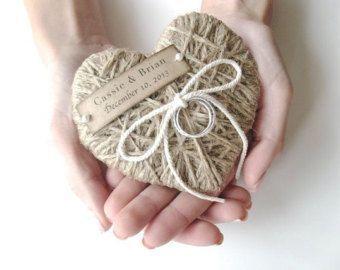 handmade ring holder for the ceremony