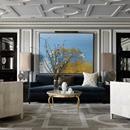 LUSSO FRANCESE Dettagli classici tipici del gusto europeo sono il tratto distintivo del designer francese Jean-Louis Deniot che li propone anche in questo appartamento a Chicago. Arredato con materiali e texture ricche come #marmo, ottone, #onice, bronzo e vetro specchiato, il progetto è strutturato secondo la funzionalità e la simmetria. Vai all'articolo: http://italystonemarble.com/2017/10/10/appartamento-di-lusso-a-chicago-firmato-da-jean-louis-deniot/LUSSO FRANCESE Dettagli classici…