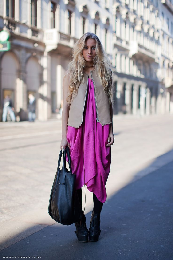 So unique and gorgeous #fashion #pink