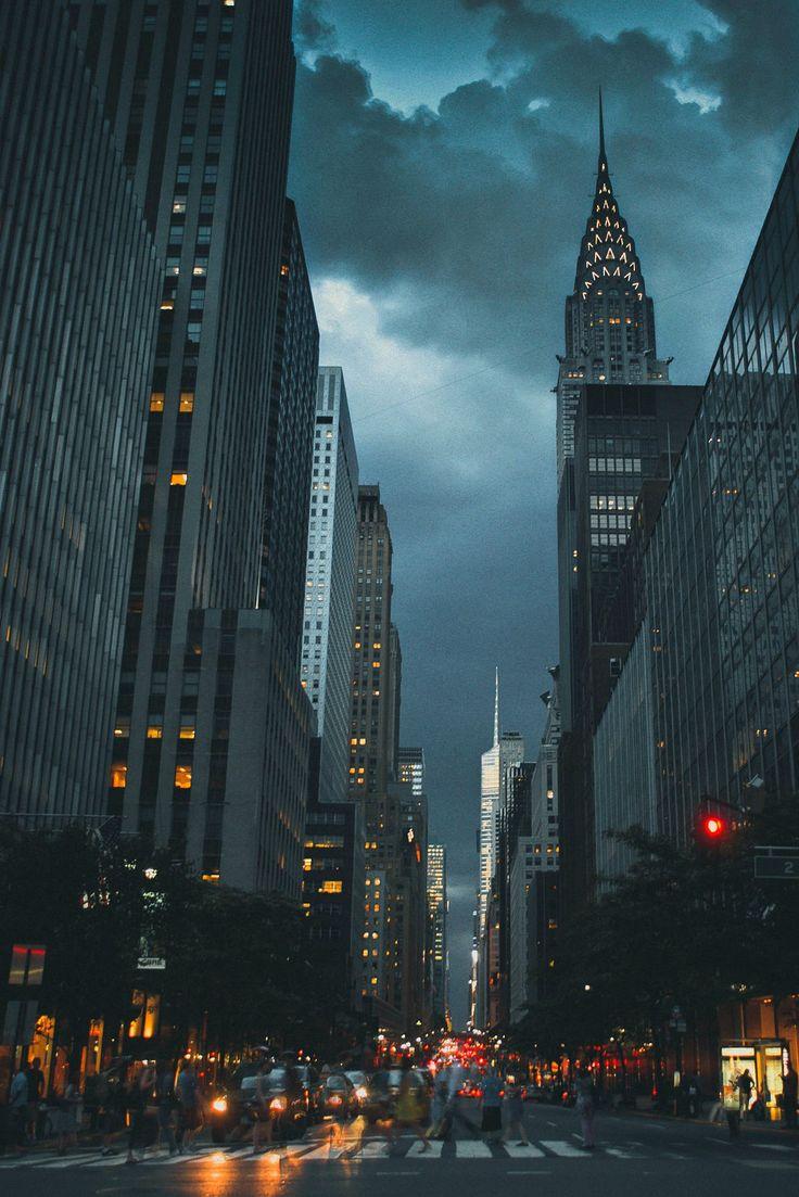 disminucion: Manhattan, Elliott Scott