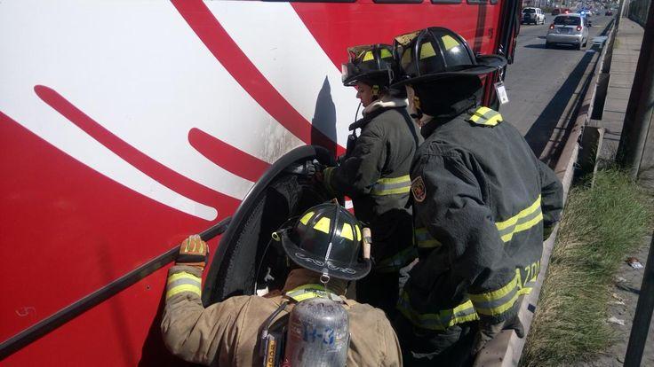Se incendian balatas de camión en el Juventud, bomberos logran sofocarlo | El Puntero