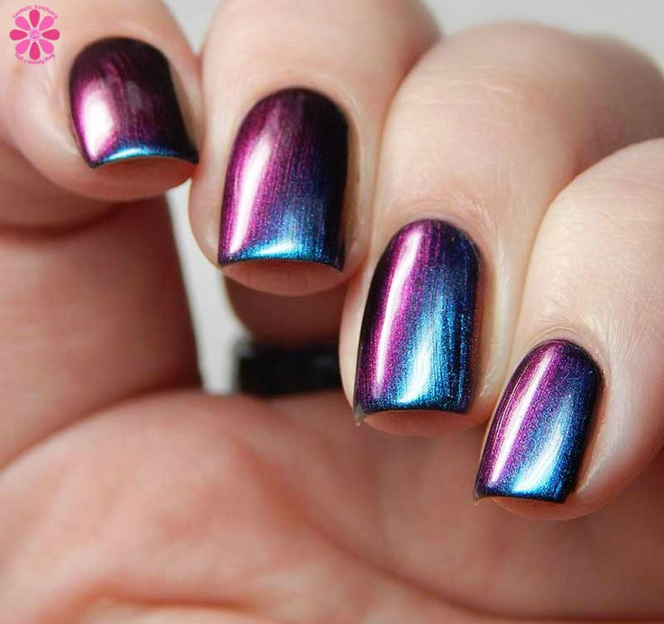 Opalescent Nail Polish: 25+ Best Ideas About Chrome Nail Polish On Pinterest