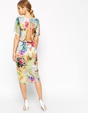 ASOS SALON - Vestito T-shirt longuette a fiori con apertura sul retro