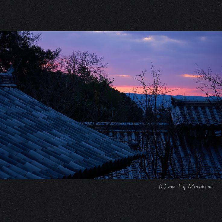 https://flic.kr/p/RFKLG7   夕焼け   Nara Todai-ji temple , JAPAN , Sony α6000 , E55-210mm/F4.5-6.3 お松明を待っていると西の空が色付きました。 待つ身としてはちょっと退屈だったのでちょうど良かったです。