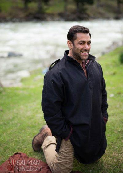 Bajrangi Bhaijaan on Facebook and Twitter | Salman Kingdom
