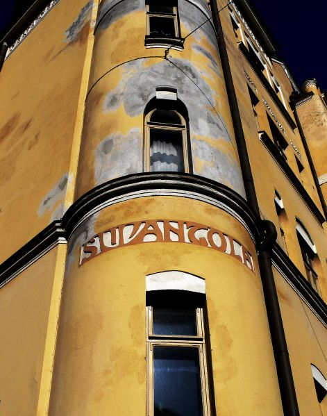 Beautiful art nouveau typography on the wall of Suvantola. The light yellow house is situated in Pietarinkatu 5, Ullanlinna area.  It was  built in 1904 and designed by finnish architect Onni Tarjanne.