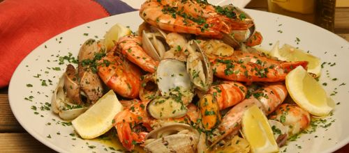 Receita de Mariscada salteada. Descubra como cozinhar Mariscada salteada de maneira prática e deliciosa com a Teleculinaria!