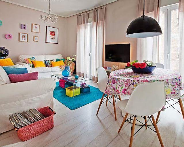 Jurnal de design interior - Amenajări interioare, decorațiuni și inspirație pentru casa ta: Culori tari într-un apartament de 60 m²