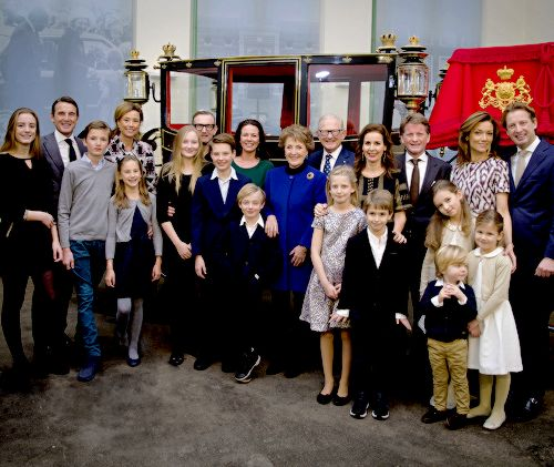 KONINKLIJK HUIS: Upon the occasion of the 50th anniversary of the marriage of Princess Margriet and Professor Pieter van Vollenhoven (10 January 1967), new pictures have been released by Koninklijk Huis of the couple with their four sons (and their spouses), and 11 grandchildren