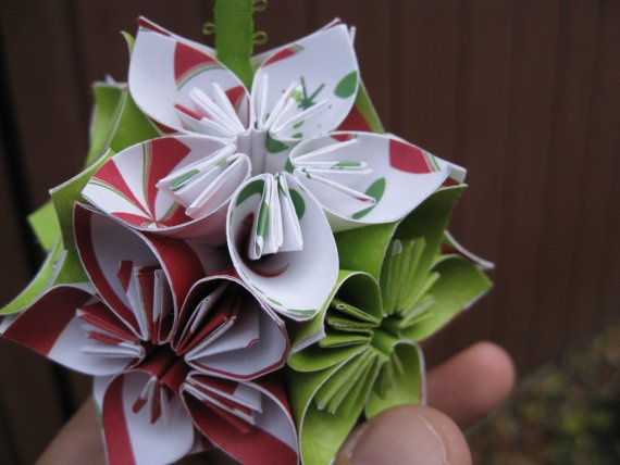 1000 images about kusudama flowers on pinterest origami paper flower and - Decoration noel origami ...