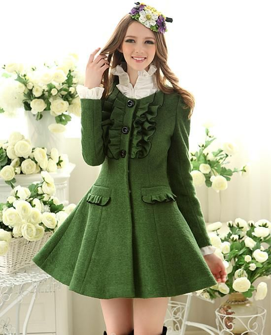 Maravilhoso!!     Morpheus Boutique  - Green Vintage Ruffle Trendy Shoulder Pleated Woollen Coat, $129.99 (http://www.morpheusboutique.com/green-vintage-ruffle-trendy-shoulder-pleated-woollen-coat/)