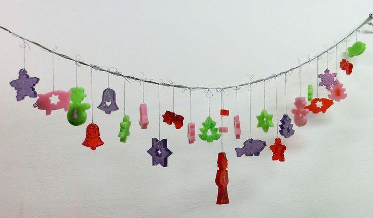 Vyrobte si v předvánočním čase voňavou mýdlovou dekoraci či nevšední adventní kalendář