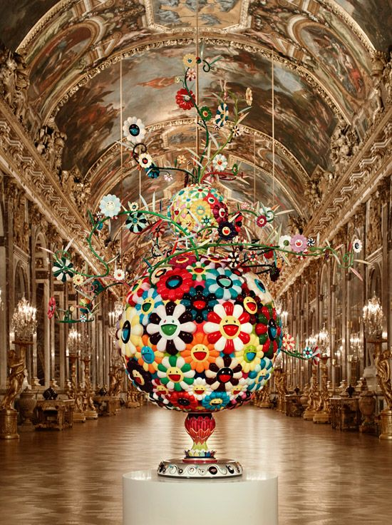 Takashi Murakami, Flower Matango 2001-2006 (fiberglass, iron, oil paint and acrylic) The hall of Mirrors / Château de Versaille