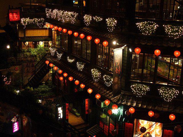 まるで「千と千尋」の世界!神隠しに遭いそうな情緒ある台湾の町「九份」
