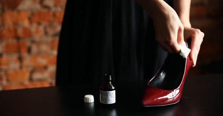Minden hölgynek van legalább egy pár cipője, ami kényelmetlen, mert vásárláskor felpróbálják, úgy érzik, hogy ennél kényelmesebb cipőjük még nem volt, de mikor hazaérnek és[...]