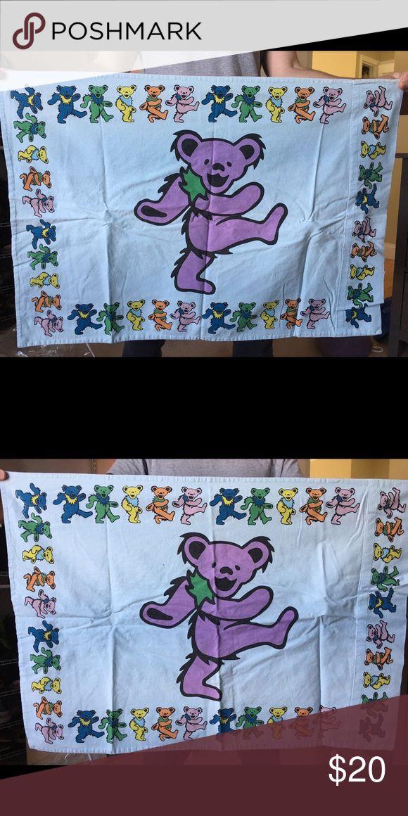 Grateful Dead Dancing Bears Pillowcase Rock collectible. Grateful Dead Dancing Bears pillowcase GUC. Other