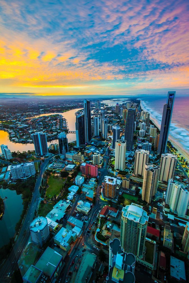 Sunset at Q1, Surfers Paradise | Australia (by Robert Makol)