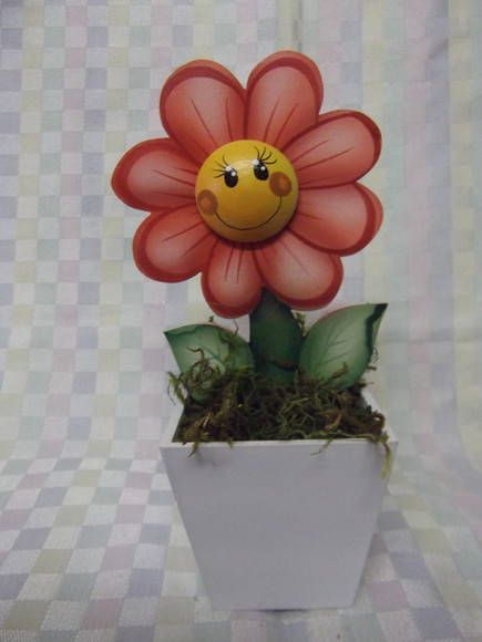 Mini vaso flor de mdf nº 2   Artesanatos Ingrid Carvalho   16FA7B - Elo7