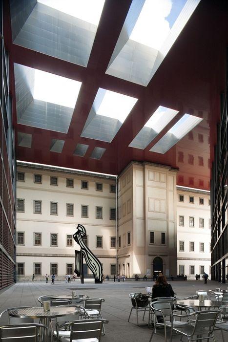 MUSEO NACIONAL CENTRO DE ARTE REINA SOFIA / JEAN NOUVEL / MADRID