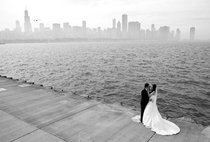 Missing Chicago the closer we get to the first snow fall. Making wedding portraits was so rewarding there too.  Portfolio | Beck Diefenbach Wedding Photojournalist
