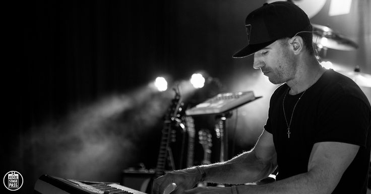 Watch Sam Hunt's exclusive AXE Stage Pass interview about what it's like on tour