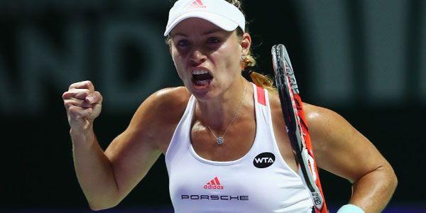 Kerber crushes Halep at WTA Finals