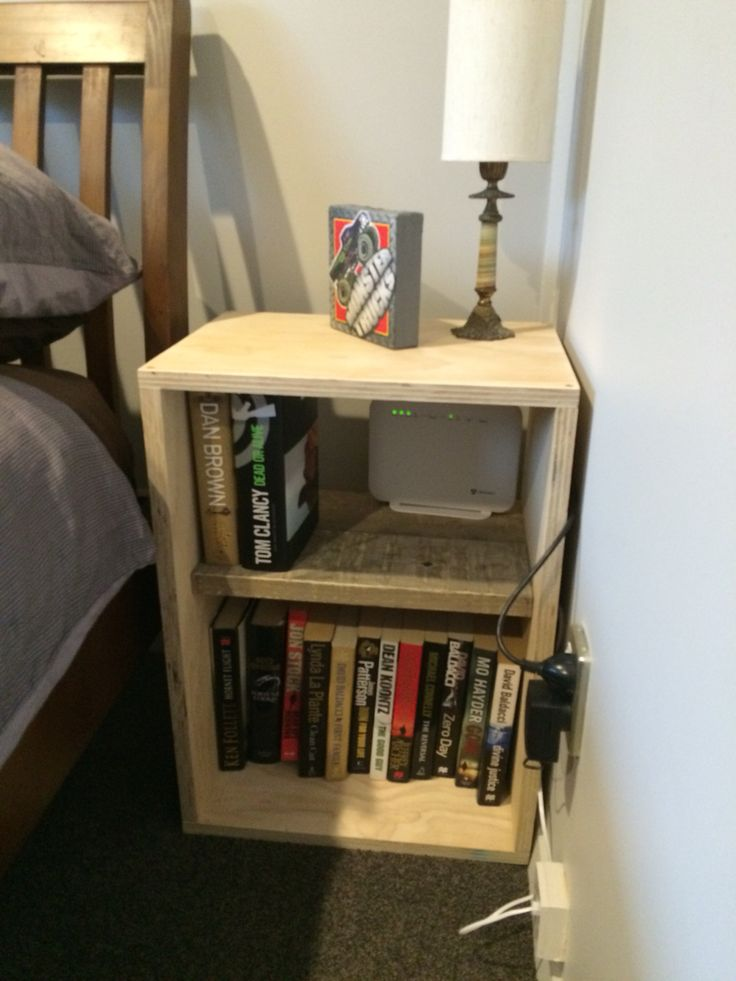 #upcycled bedside table made from ply and pallets