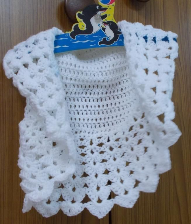 Check out ONE PIECE EASY BOLERO by member Sweet Nothings, available in child and adult sizes, this is a FREE pattern at http://shyamanivas.blogspot.in/2014/08/one-piece-easy-bolero-child-adult-sizes.html