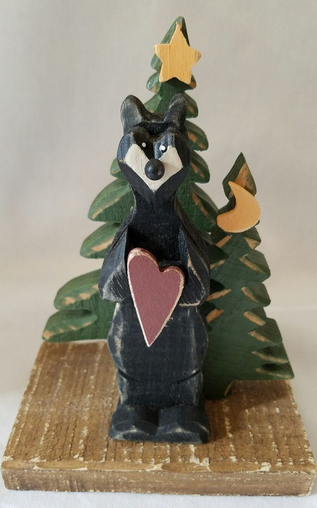 Black Bear Figurine Cabin Decor Wall Hanging Heart Valentines Day Lodge Trees